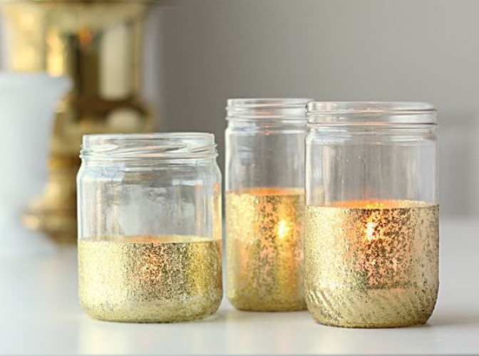 transform_an_empty_jar_with_a_sprinkle_of_glitter